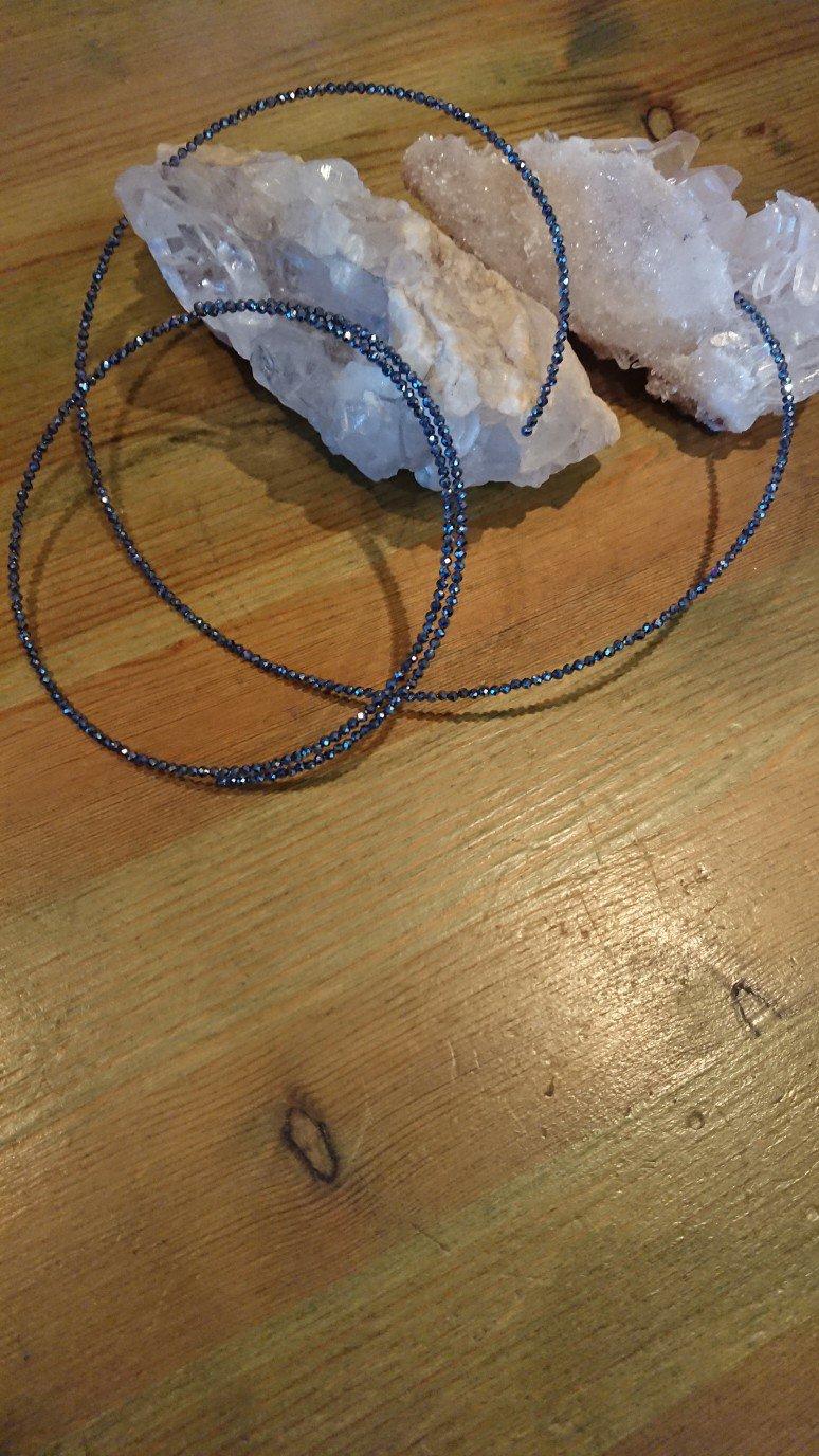 テラヘルツ形状記憶ネックレス